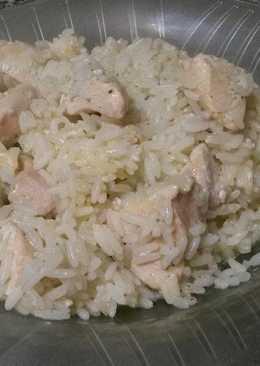 Cubitos de pollo con arroz a la provenzal