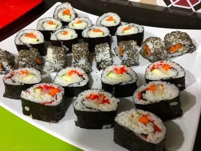 Sushi (makis y uramakis)