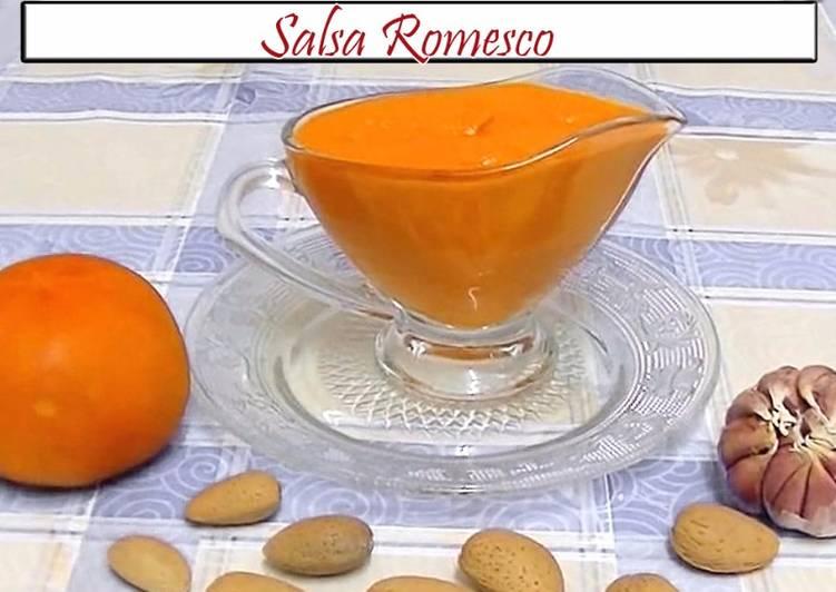 salsa romesco en el mortero