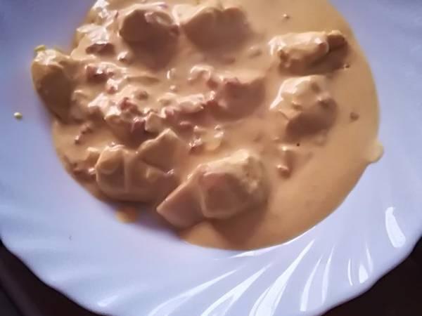 Pollo con curry y nata