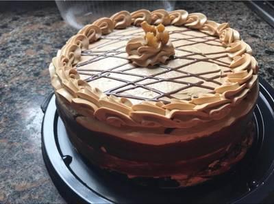 Torta de nuez y dulce de leche. Fácil, ideal para vender