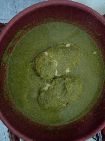Pollo en mole verde