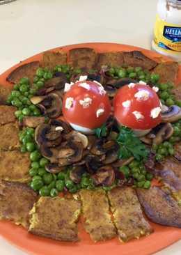 Torta de coliflor al curry con verdura y setas de huevo