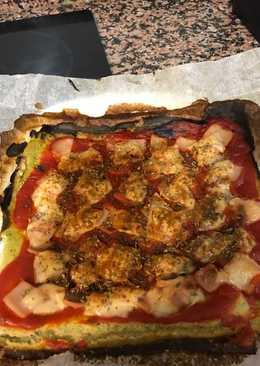 Pizza de masa de calabacín