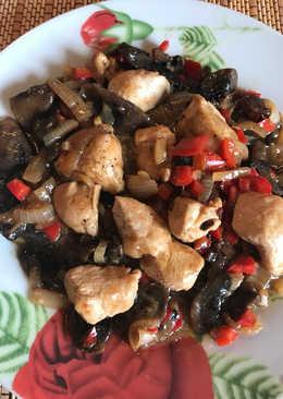 Pollo con champiñones en salsa de ostras