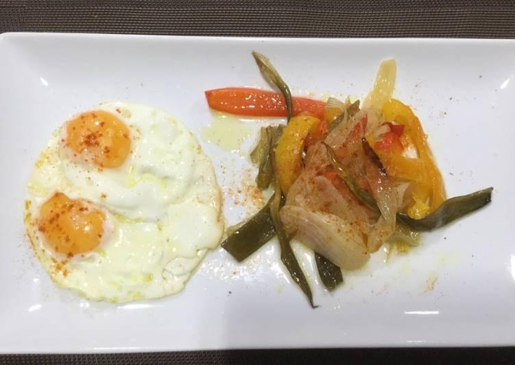 Huevos fritos con verduras en olla lenta