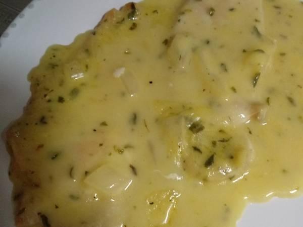 Filetes de Pollo en salsa de queso
