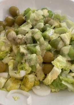 Ensalada de kiwi con vinagreta