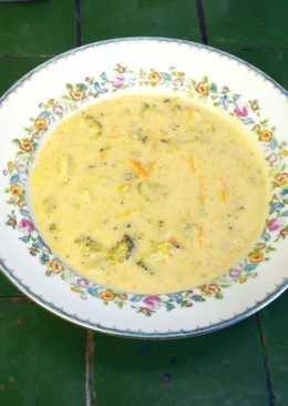Crema de brócoli con queso Edam