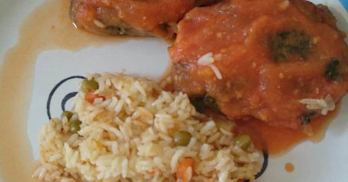 Huazontles rellenos de quesillo en salsa de tomate receta - Chipirones rellenos en salsa de tomate ...