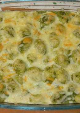 Gnocchis de patata con crema de espinacas y puerro gratinados con queso