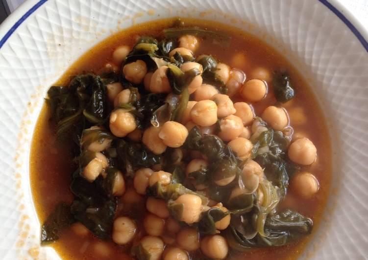 Potaje de garbanzos rápido y apto para vegetarianos
