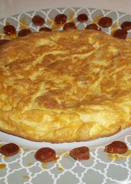 Tortilla española y bolitas de chorizo natural