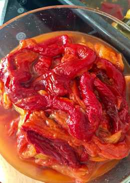 Pimientos rojos asados aliñados