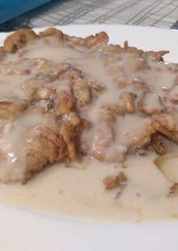 Ternera con rebozado especial y salsa gravy