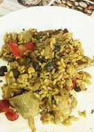 Paella de verduras y costillar