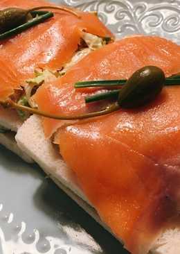 Pastel frío de salmón en 5 minutos