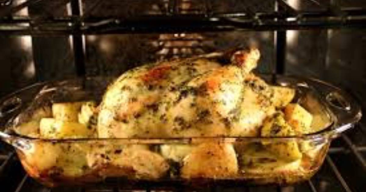 Pollo al horno en salsa de perejil y lim n receta de - Salsas para el pollo al horno ...