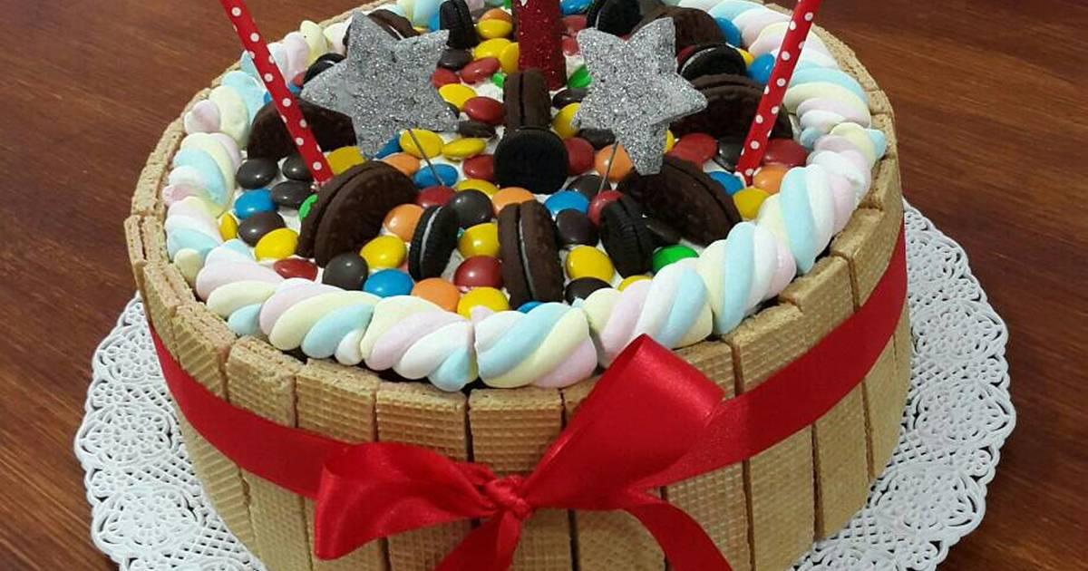 Torta rocklets 26 recetas caseras cookpad for Como decorar una torta infantil