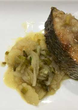 Corvina de estero con patata y cebolleta al horno