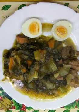 Estofado de pavo con verduras y algas variadas