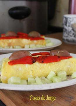 Brazo de gitano de ensaladilla con pepino