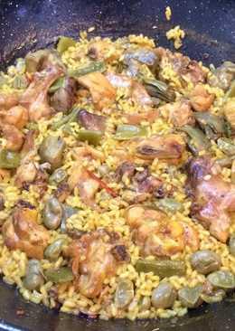 Arroz de pollo y conejo con verduras de temporada