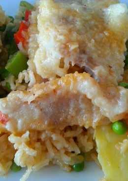 Arroz con bacalao, langostinos y verduras