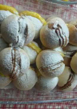 Panes de Leche con Dulce de Leche y Pastelera