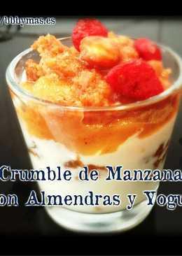 Crumble de manzana con almendras y yogurt B.B.B.