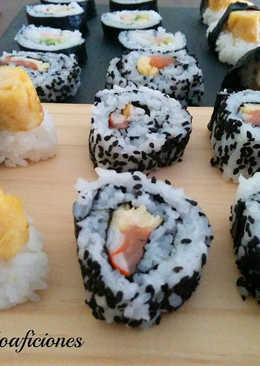 Sushi uramaki y tamago nigiri