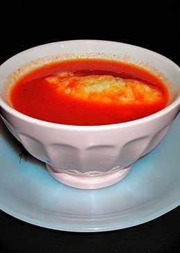 Crema de tomates díet con croquetas translúcidas de sémola de maíz