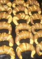 Medialunas bicolor (sabor cacao)