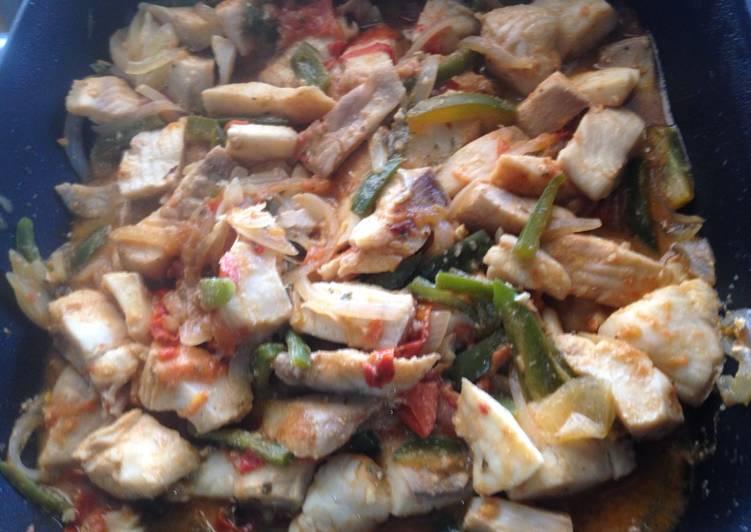 Filete de pescado a la mexicana