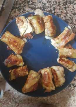 Rollitos de berenjena con jamón serrano y queso mozzarella