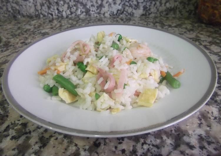 Arroz salteado receta de robertopm cookpad - Salteado de arroz ...