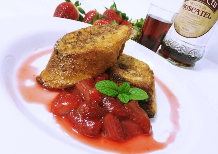 Torrijas caramelizadas al horno con compota de fresas al moscatel (¡¡¡sin nada de aceite!!!)