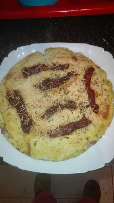 Pastel de pizza de pan de molde jugosa en la olla GM g