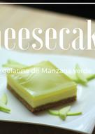 Cheesecake cubierto de gelatina de manzana verde