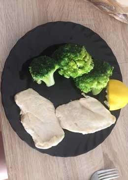 Pollo con brócoli y aliño de limón 🍋