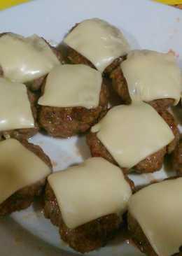 Mini hamburguesas caseras sin gluten con queso