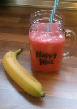 Batido de fresas y plátano con bebida de avena