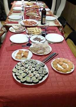 Sushi de salmón, atún y bacalao
