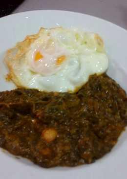 Espinacas con garbanzo s y huevo frito