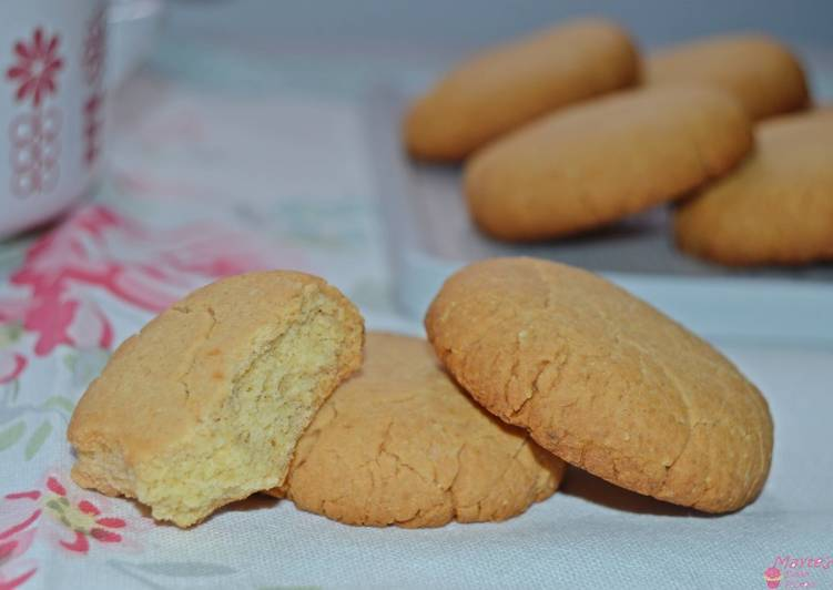 Galletas de almendra (tipo Campurrianas)