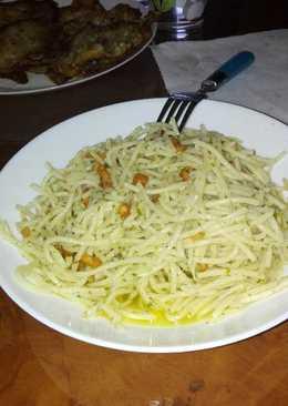 Pasta al perejil recetas caseras cookpad for Espaguetis con ajo y perejil
