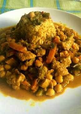 Curry madrás de pollo, verduras y garbanzos