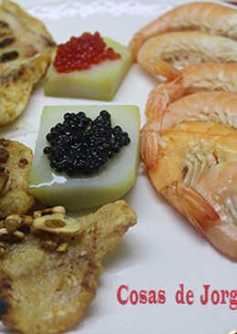 Merluza con caviar y gambas