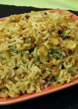 Arroz basmati al curry con pasas, zanahorias y almendras