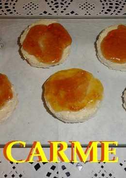 Canapés de hummus y mermelada
